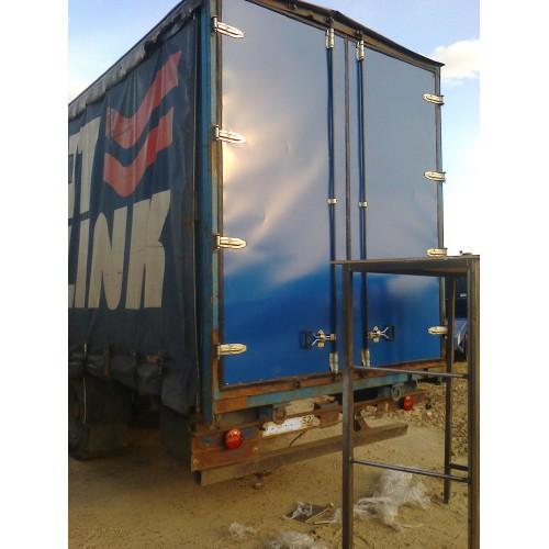 Изготовление ремонт ворот фургона.